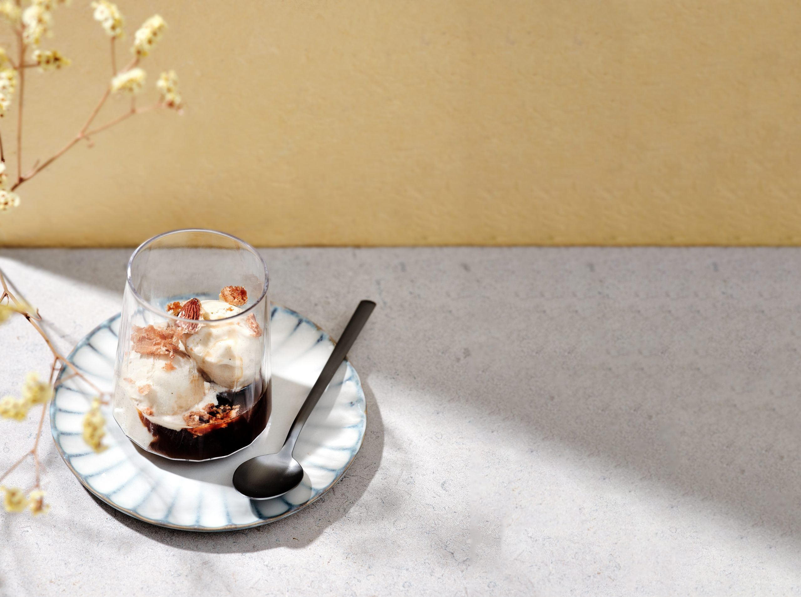 Bruynooghe Affogato met amandel